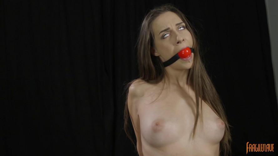 BDSM Kneeling, Post Tied