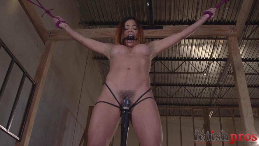 BDSM Mia Lelani