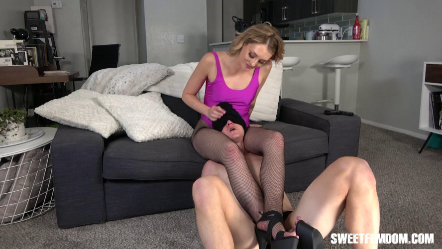 Femdom and Strapon Charlotte Sins - Taste My Fucking Ass