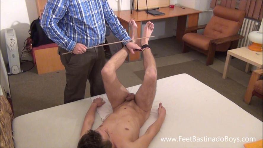 Gay BDSM SpankingBoysVideo - Roland Karlin