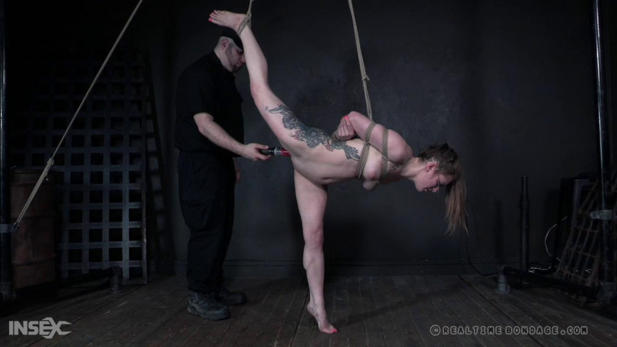 BDSM The Fool Sc.1 - Cora Moth