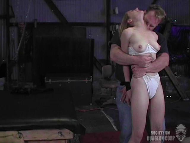 BDSM Lucy Brit