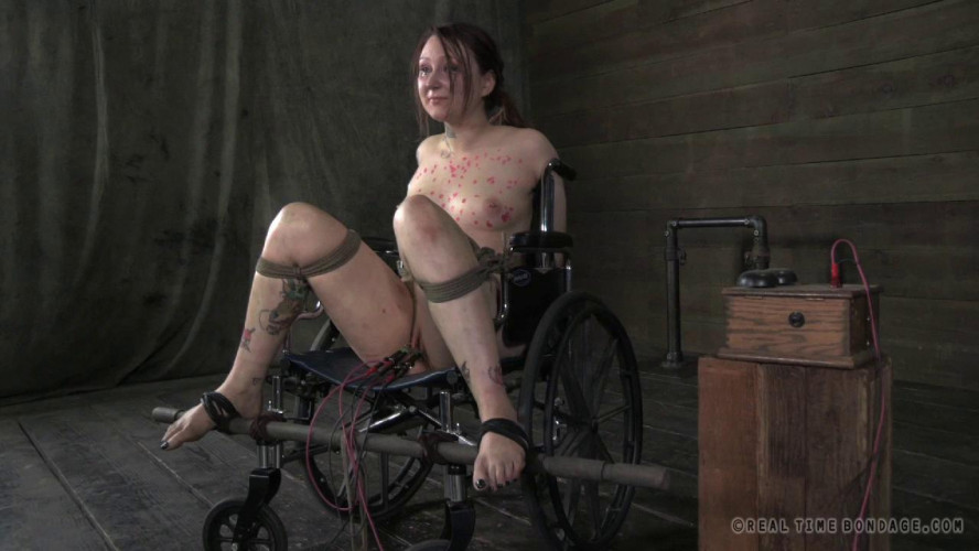BDSM Pricked Part 3 - Mollie Rose, Cadence Cross