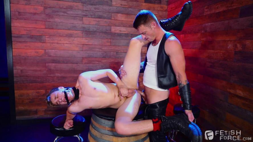 Gay BDSM Fetish Bar, Scene 3