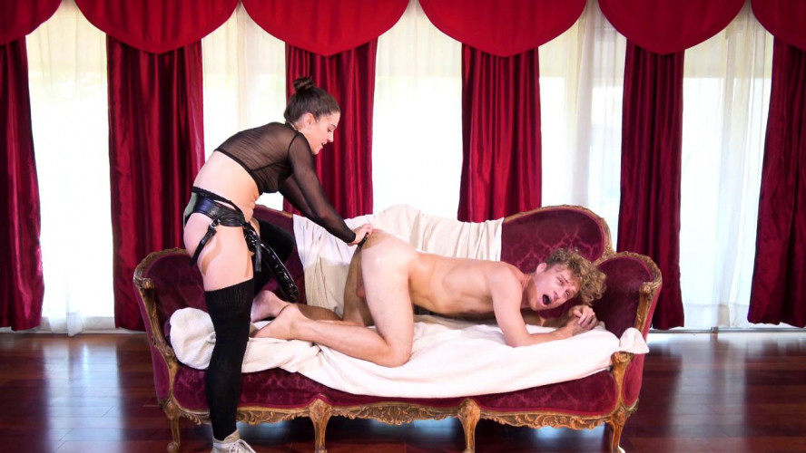 Femdom and Strapon Kasey Needs It Bad