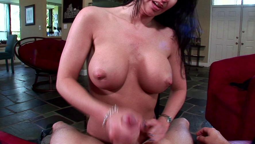 Femdom and Strapon Amazing MILF with big tits is so skilfull