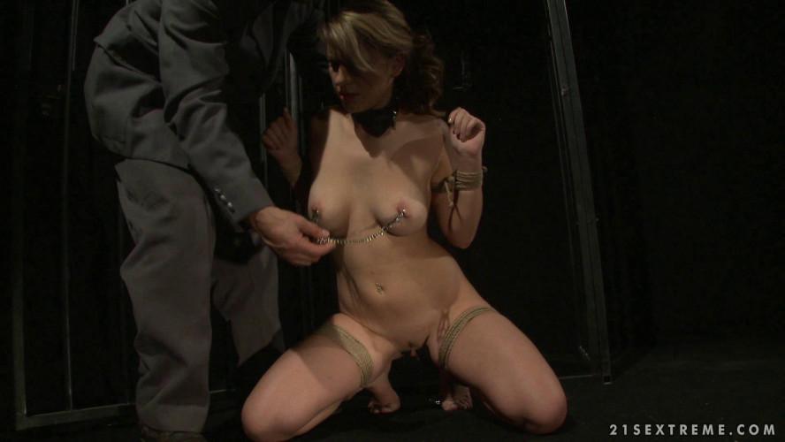BDSM Norah Swan