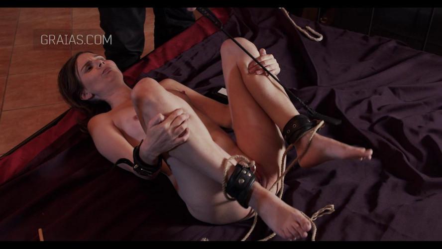 BDSM Slave of Throne - Part 2