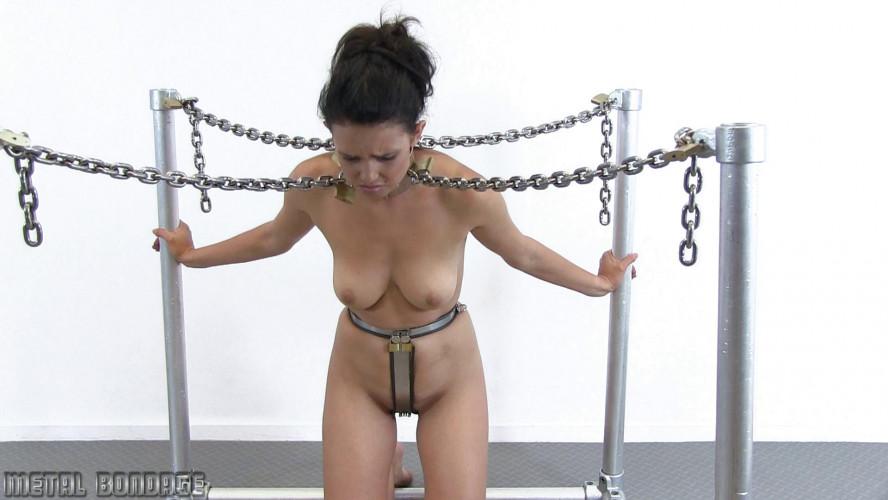 BDSM Yasmine in the Giraffe Collar