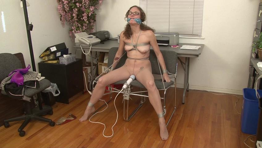 BDSM Tied and Vibrated and Abandoned - Lauren Kiley