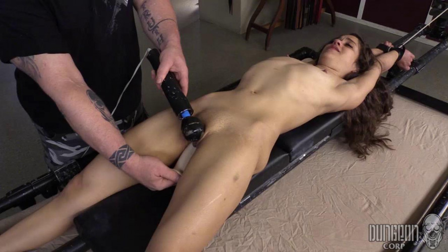 BDSM Very Submissive