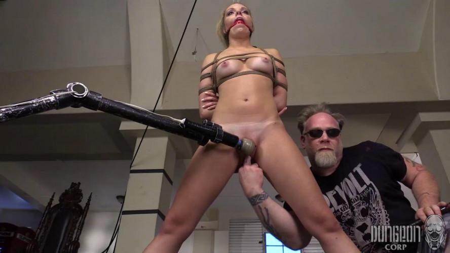 BDSM The Uptown Submissive Slut
