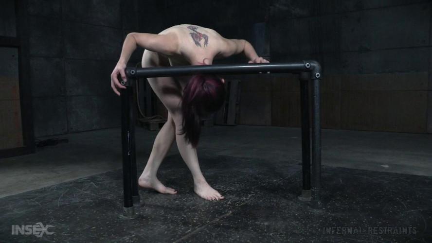BDSM Skinny Ivy Addams Enjoys Metal Bondage