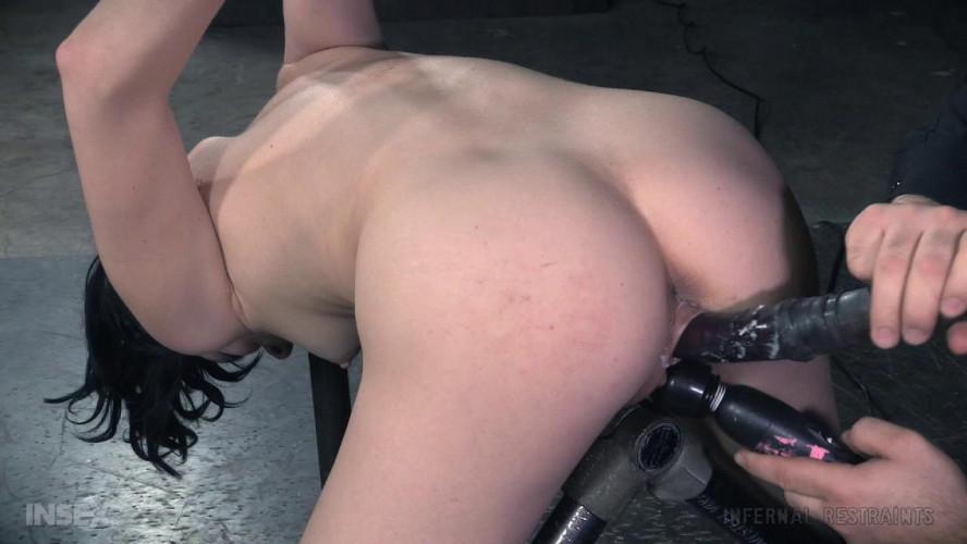 BDSM Aria Alexander Receives Off the Job Training