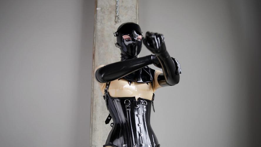 BDSM Latex Dress up