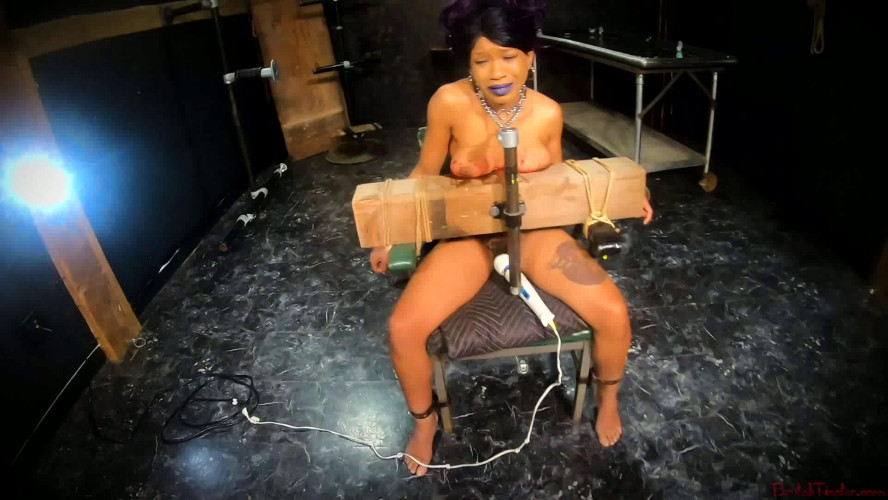 BDSM BrutalMaster - Cupcake SinClair -  In The New Year