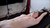 HD Bdsm Sex Videos Tara Upperbody Tickles Part 1