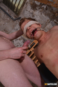 Face Fucked & Humilliated With Piss – Chris Jansen & Sean Taylor – Full HD 1080p