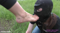 New Slave Girl For Humiliation – Fresh Air, Nature And Dirty Feet – Full HD 1080p