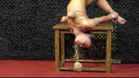 2 Extraordinary Models In 2 Extraordinary Positions  – HD 720p
