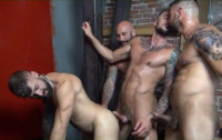 Raw Group Sex With Cum-hungry Men