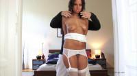 Melanie Fastened Acquires Undressed – HD 720p