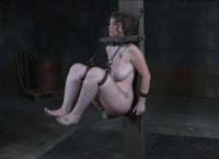Submissive Submissive Enjoys Coarse Restraint Bondage