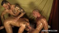 The Massage (Antonio Aguilera, Antonio Miracle, Mario Domenech) (480p)