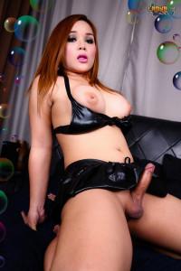 Sexy Curvy Angie Cums
