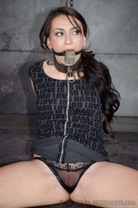 IR – Freshly Chained – OT And Mandy Muse