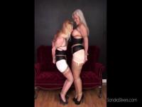 Kissing Lesbian Bondage Dream Turns