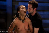 Skin Diamond Live Show – The Final Test Of Slave Training Ash