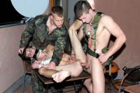 Gay Wargames – Horny Soldiers (bareback)