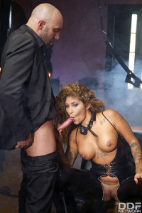 Venus Afrodita – Chained And Ass Fucked FullHD 1080p