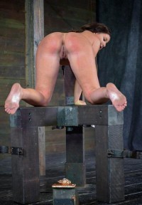 Dungeon Slave Part 2 , Mia Gold – HD 720p