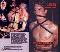 Richie Finally Submits (2000)