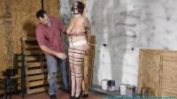 Jolie Rains Big Tits Bounce As She Hops To The Work Shop