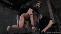 Mia Gold – The Sweat Box – BDSM, Humiliation, Torture