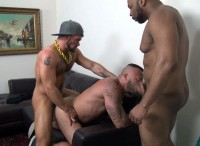 Hot Threesome Alessio Romero, Aarin Asker & Ray Diesel (720p)