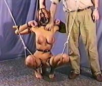 Barefoot Slave Sabrina
