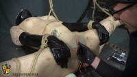 Ultra Heavy Pain Play – Gord Girl Spread Wide & Electrified For House Of Gord