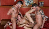 On The Prowl – Scene 15 James Castle, Antonio Miracle, Mario Domenech