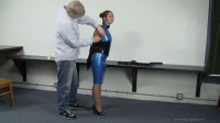 Anna Lee – Day Dreaming Animalism The Office 27 – Latex Office Pliant