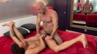 Adam Russo Breeds Tommy Bluezz – Full Scene