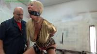 HunterSlair – Amanda Foxx – Busty Milf Taped Up Tight