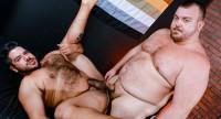 BearBack – Lanz Adams & Hunter Scott – Beefy & Thick