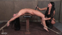 Sexy Slave Dominated By London River