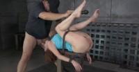 Veronica Avluv Gets Blindfolded