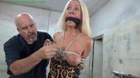 Hunterslair – Amanda Foxx – Busty Blond Milf Breast Bound