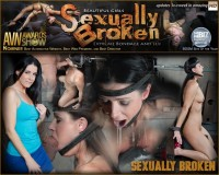 India Summer – The Ultimate MILF Is Bound On The World's Only Face Fucking Machine And On A Sybian